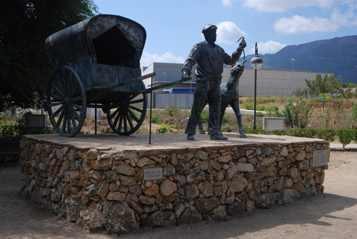 MURO - Monument al Tio Pep