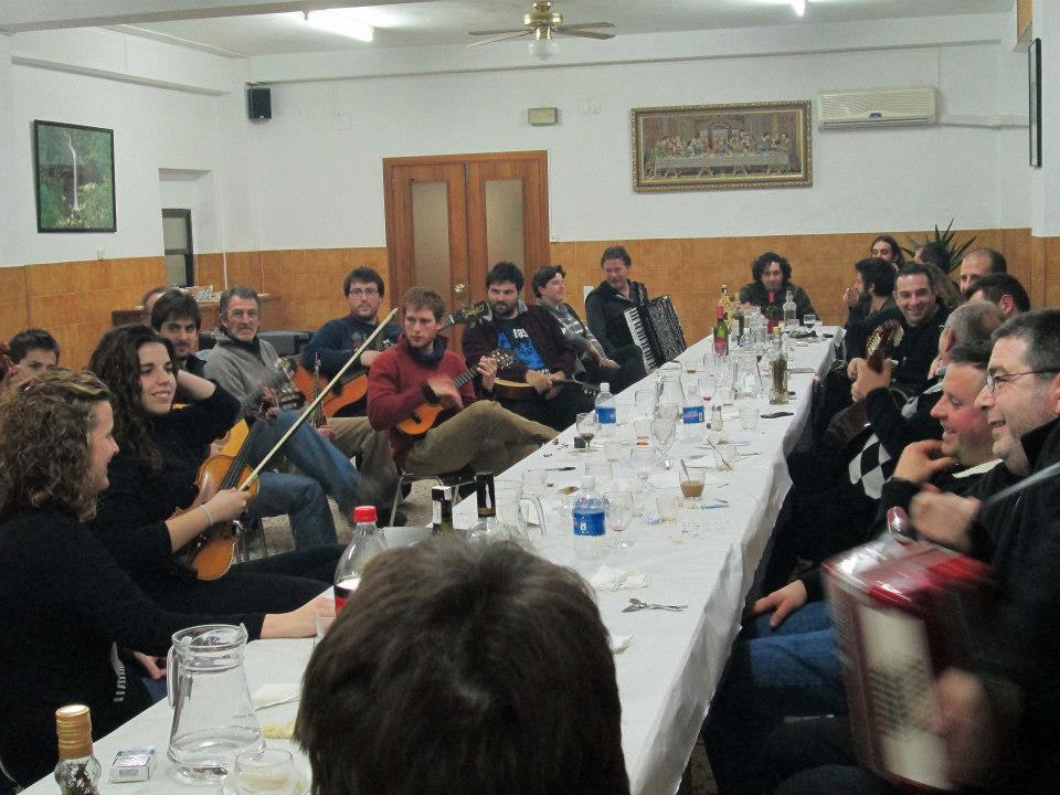 FOLKSONA-Composició Musical. Ximo Caffarena