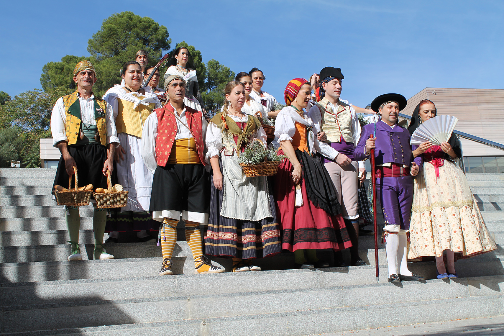 """Sarau Mediterrani""- Espectacle G. Danses Baladre de Muro – Fira Tots Sants 2013 – Cocentaina"
